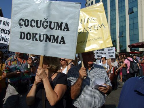 Istanbul Pride 2010 4